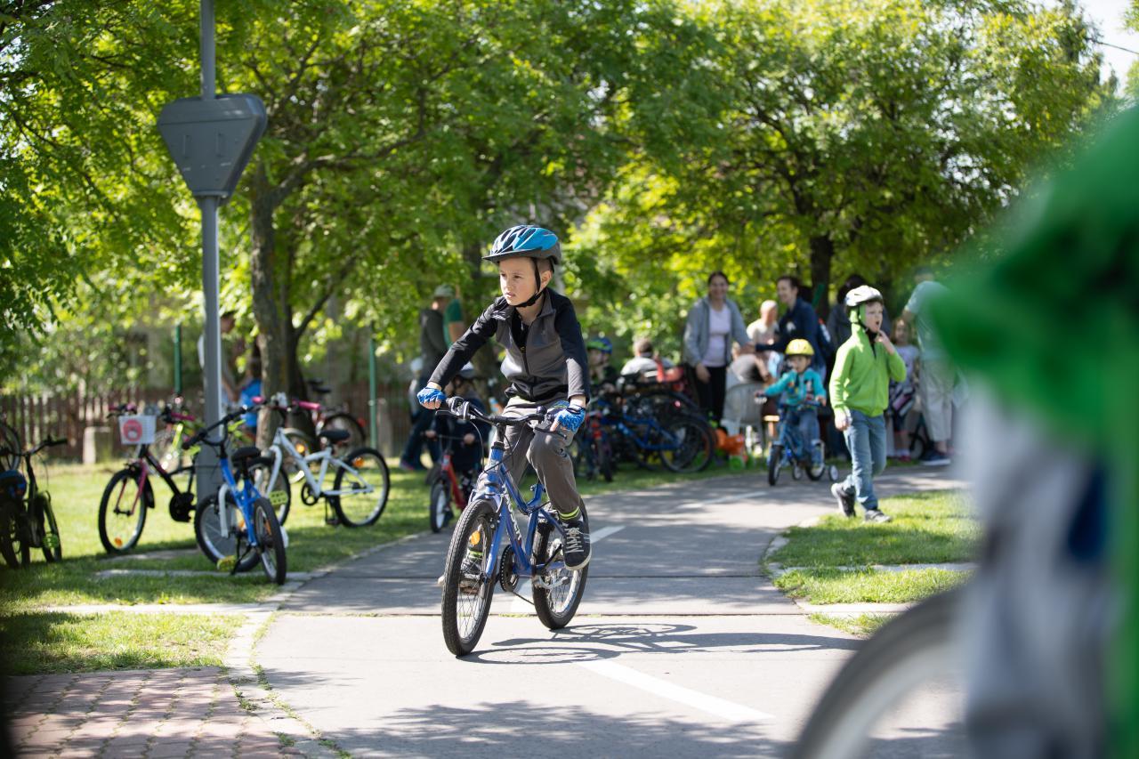 Közlekedési kultúra napja a KRESZ parkban - Videóval frissítve!