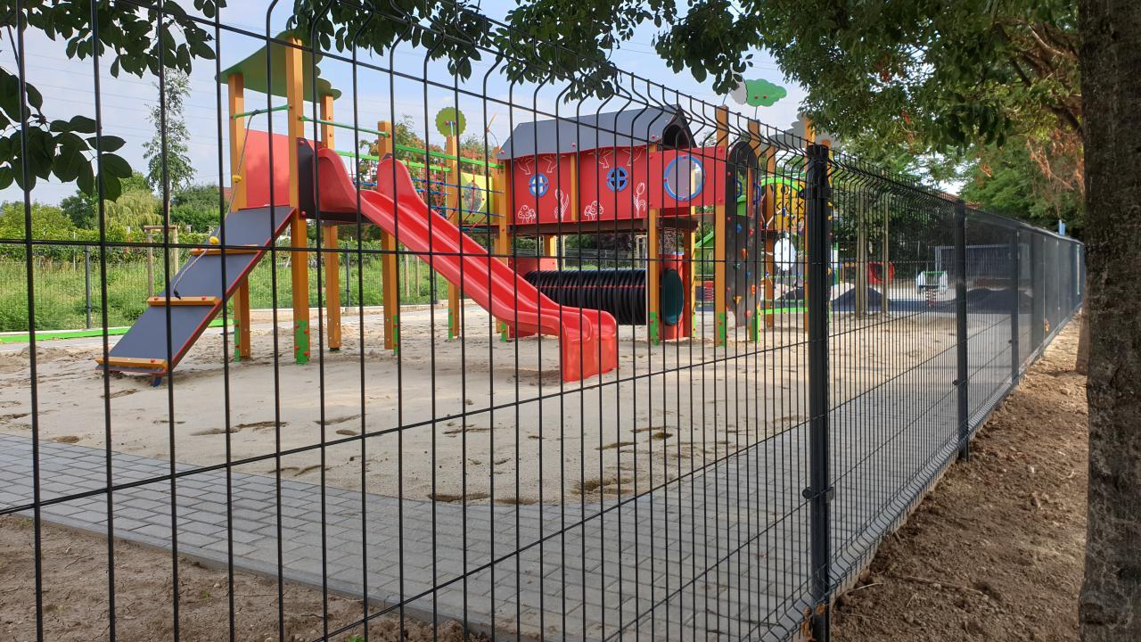 Augusztus 23-án nyit Budafok új játszótere, a Szőlőfürt!